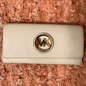 Pearl White Michael Kors Wallet
